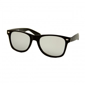 Black wayfarer sunglasses - silver mirrored glass